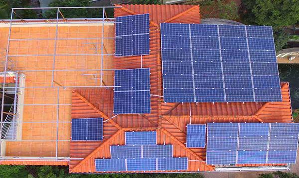 家用太阳能发电.jpg
